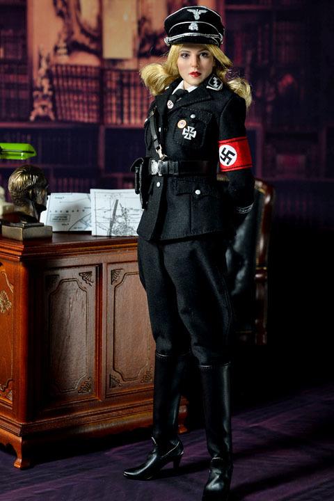 Female SS Officer 0027