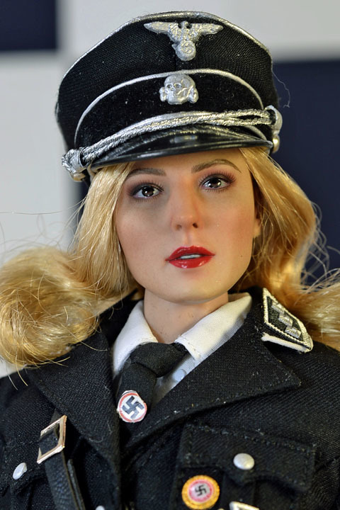 Female SS Officer 0104