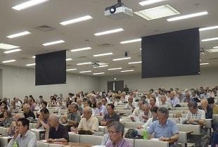 2019年8月会報長岡先生講聴風景1