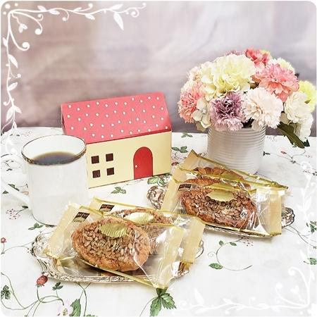 2019年07月24日メグちゃんからお菓子とコーヒー豆とおそばをいただきました②blos