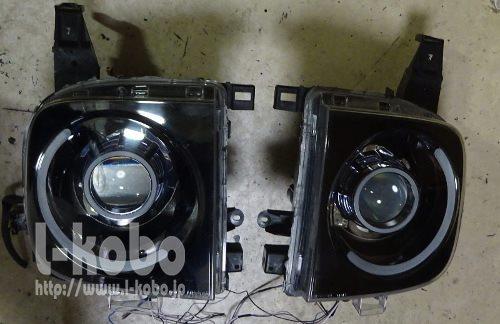 Z11キューブのヘッドライト1