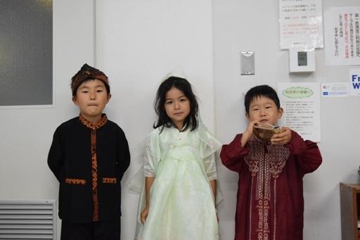 インドネシア・韓国・インド民族衣装