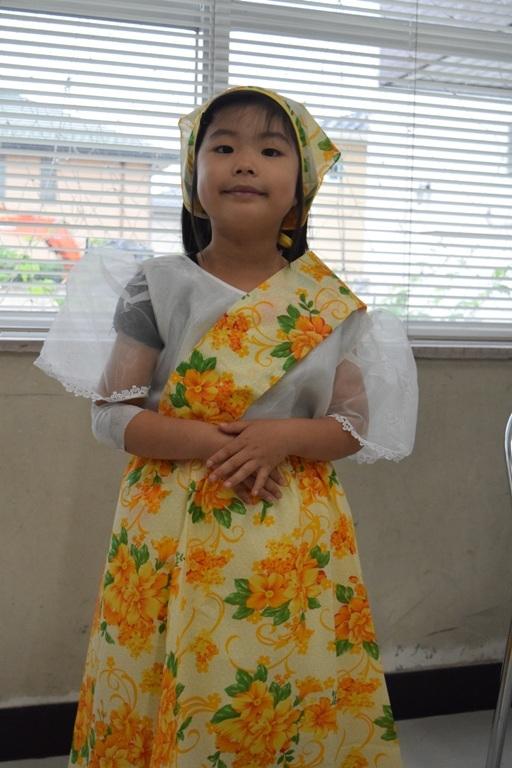 フィリピン民族衣装