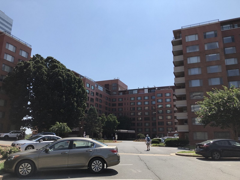 2019_08_summer_Arlington Towers1