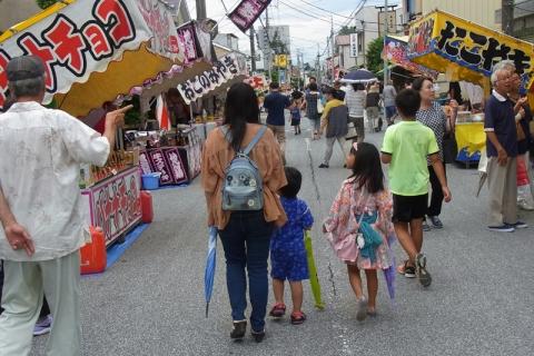 板橋地蔵尊大祭の縁日