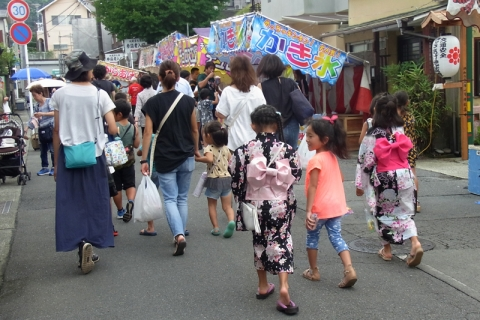 板橋地蔵尊大祭の露店