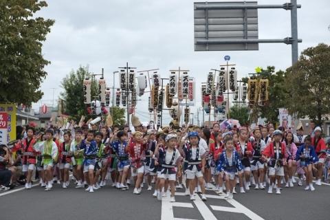 開成町阿波おどりパレード出発