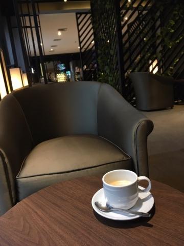 ラウンジのコーヒー