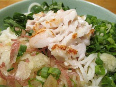 焼きアカムツの涼麺アップ2