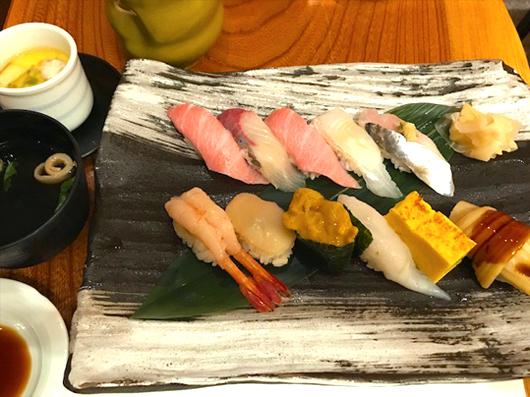 握り寿司3