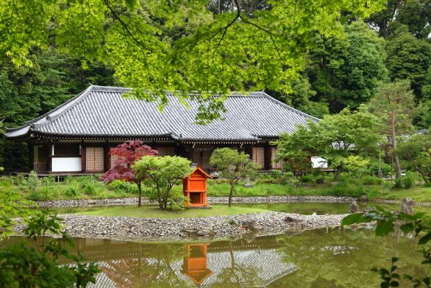 浄瑠璃寺庭園・本堂と中島