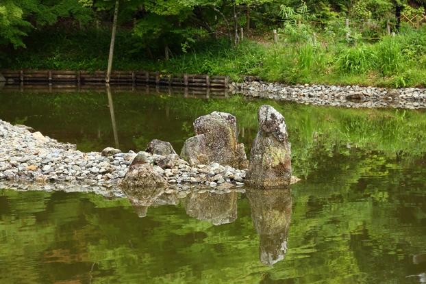 浄瑠璃寺庭園・中島の石組