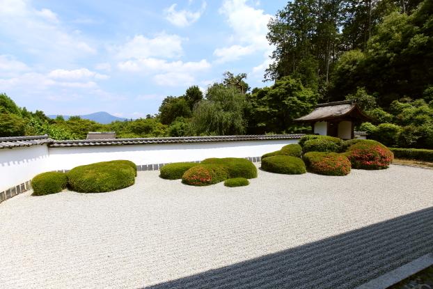 正伝寺庭園・全景
