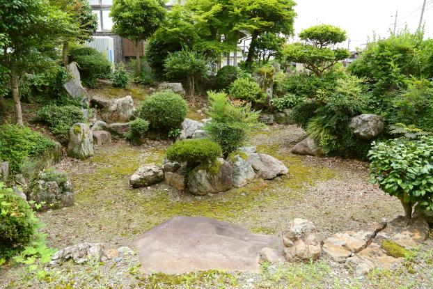 理覚院庭園・全景