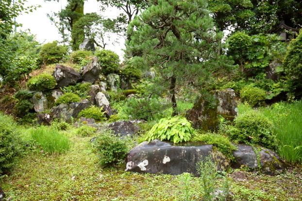 池氏庭園・築山と中島