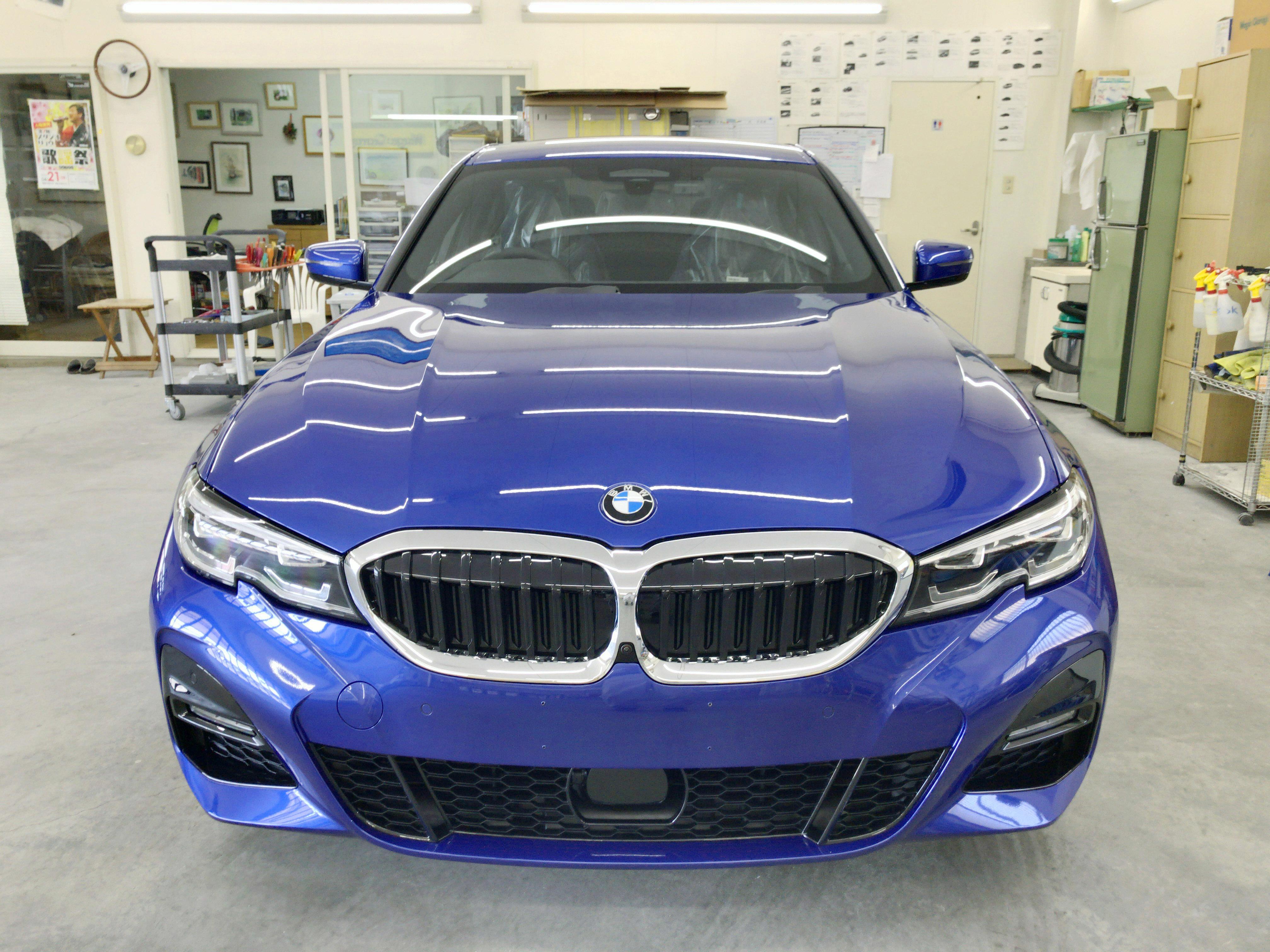 BMW 320i M Sport ポルティマオ・ブルー@スーパープラチナガラスコート