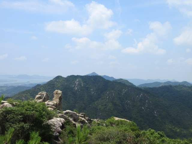 IMG0070JPG西の峰から西目山