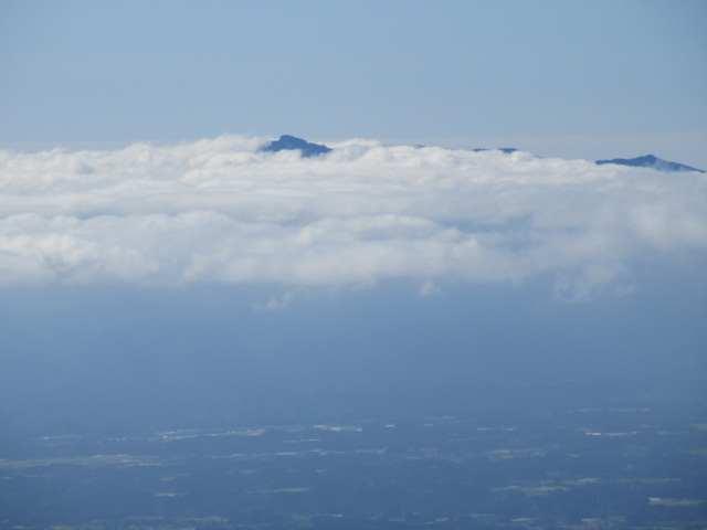 IMG0018JPG雲上の祖母山