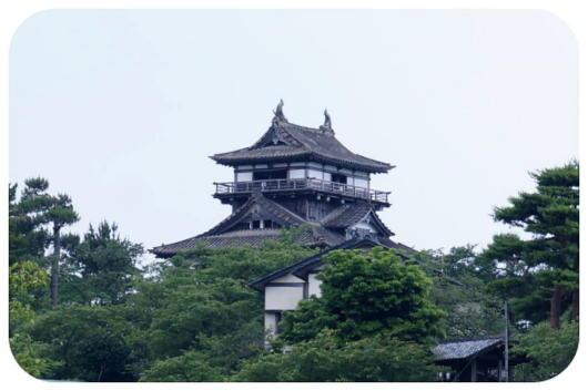 丸岡城2(1)