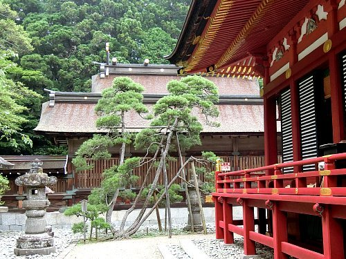 塩竈神社・本殿