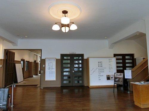 旧塩竈市公民館・玄関