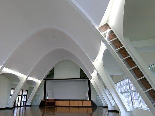 旧塩竈市公民館・講堂3