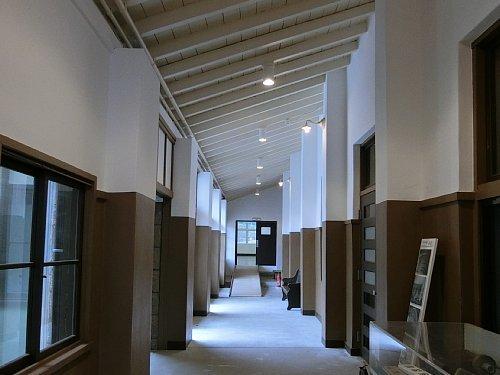 旧塩竈市公民館・廊下