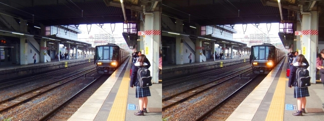 彦根駅ホーム(交差法)
