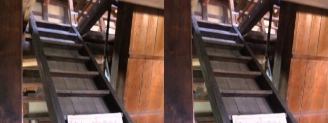 彦根城 西の丸三重櫓 階段(交差法)