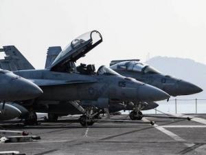 china-military-082201.jpg