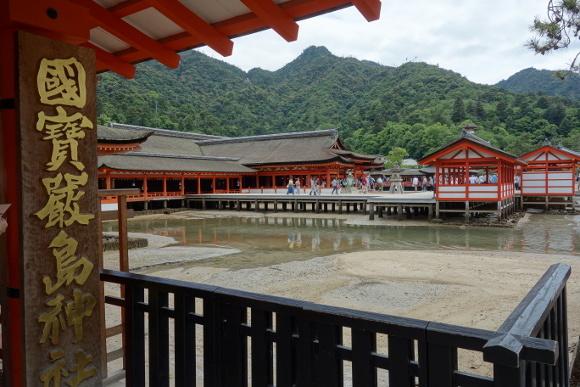 厳島神社・本殿08