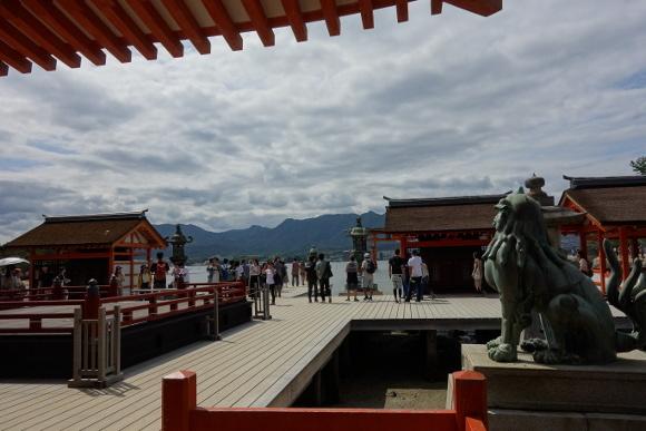 厳島神社・門客神社09