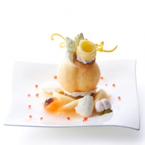 桃のプレートデザート2
