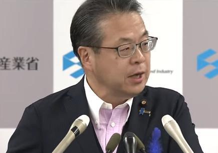 世耕弘成経済産業相、韓国との協議をキッパリと否定、韓国への半導体材料の輸出管理は撤回する考えが無い事を改めて強調 … 「輸出管理を適切に実施するための国内運用の見直しであり、協議の対象ではない」
