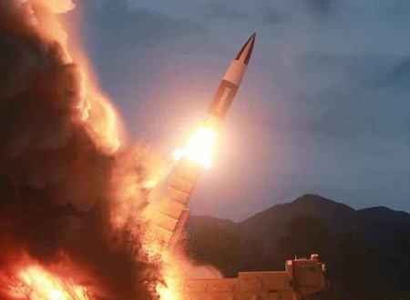北朝鮮が10日に発射した短距離ミサイル、米国の「ATACMS(エイタクムス)」に酷似、「某国」による技術流出の疑い … 識者が疑惑視する「某国」の存在とは