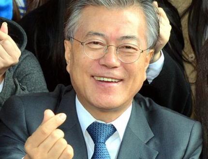 文在寅、タイ紙のインタビューにて「日本が対話と協力の場に出てくるなら、私は喜んで手を取り協力する」 … 「日本が対話の道に乗り出せるよう、ASEANが力を合わせて協力して欲しい」