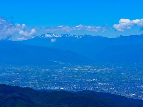乗鞍岳と松本盆地【王ヶ鼻からの眺望】