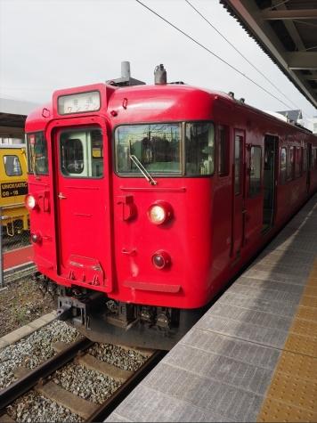 しなの鉄道 115系 電車 S11編成 コカ・コーラ ラッピング【軽井沢駅】