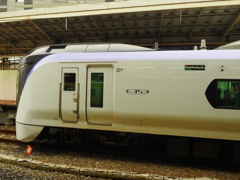 JR東日本 E353系 電車 特急かいじ・富士回遊 3号 【新宿駅】