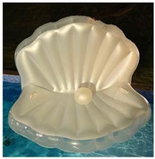5位真珠の浮き輪