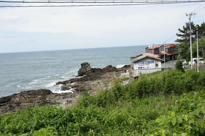 ブログ 海の傍の店.jpg