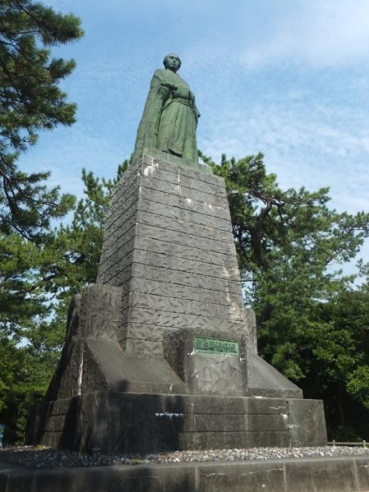 KochiKatsurahama_000_org.jpg