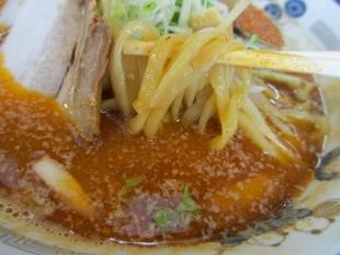 あんじ 辛エビ味噌ラーメン 麺スープ