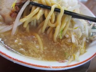 ドカメン 満腹唐揚げセット 豚そば 麺