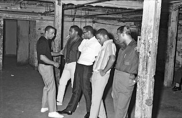 2Cholly Atkins, left, rehearsed with the Four Tops