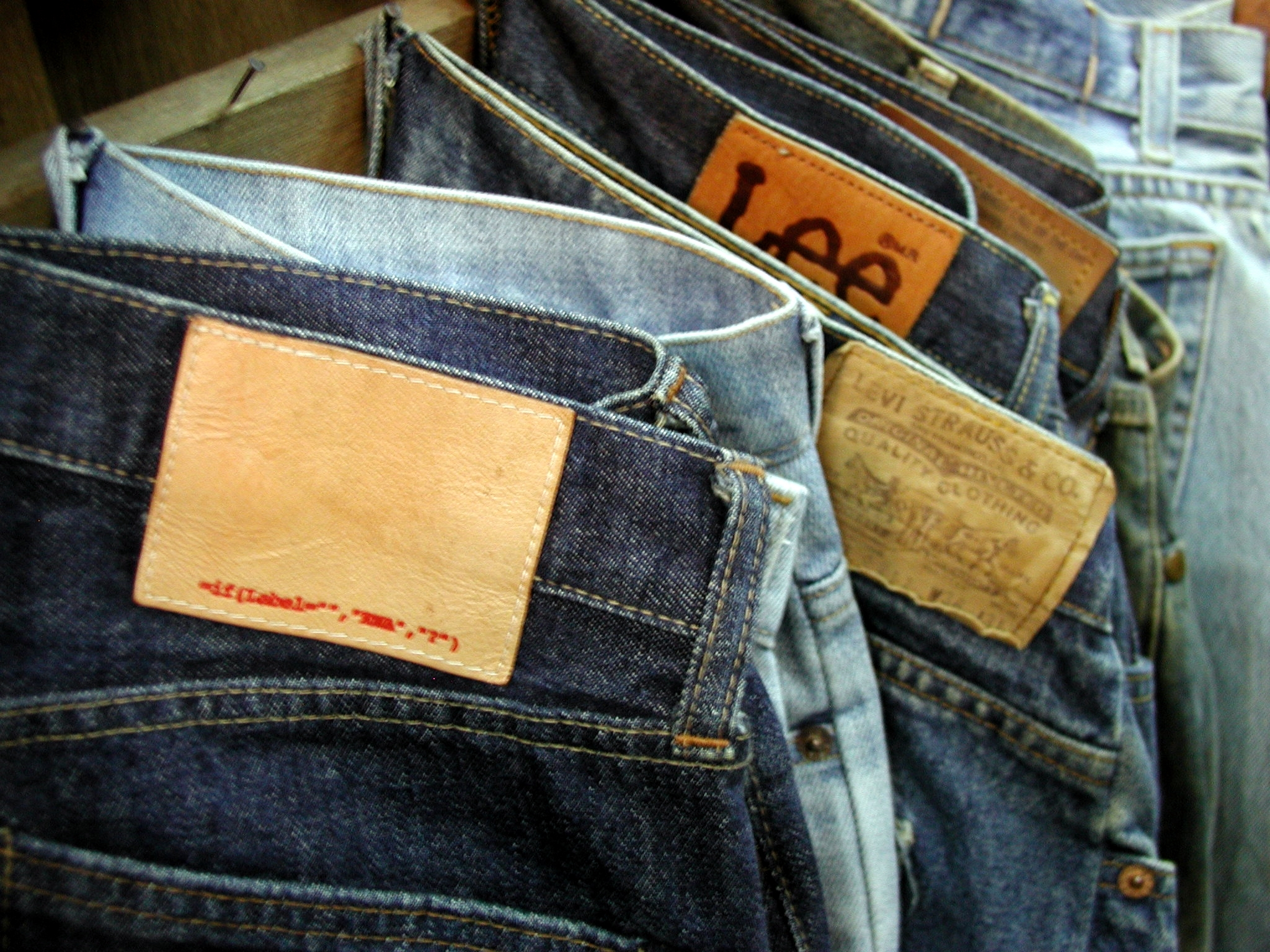 Broken_counterfeit_jeans.jpg