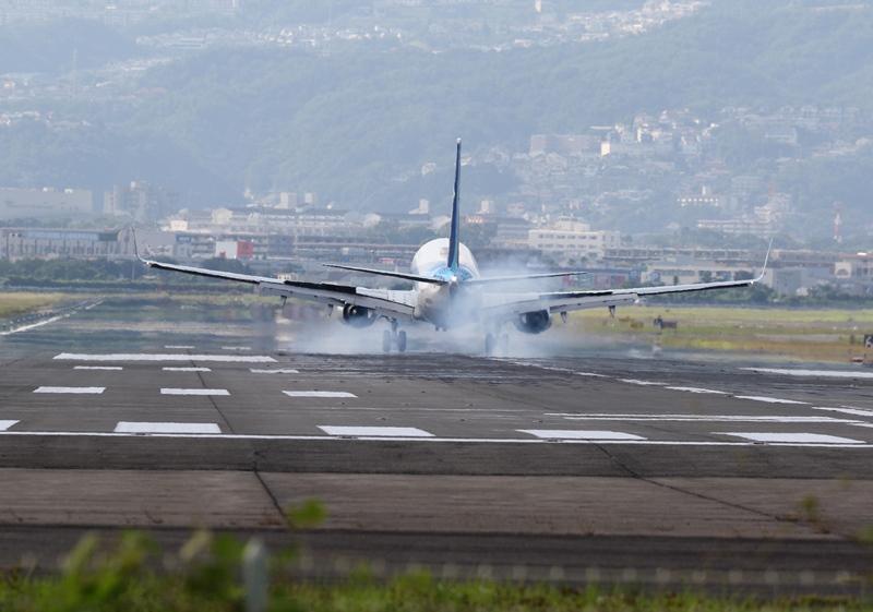 伊丹空港3190826