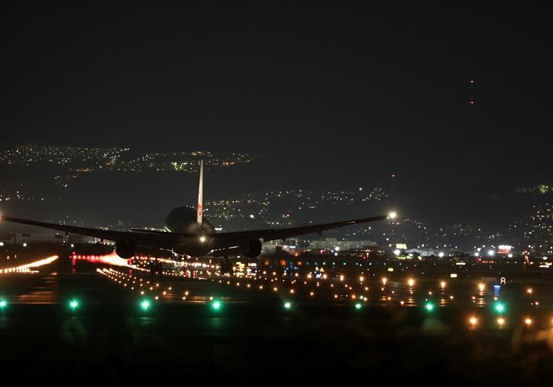 伊丹空港13190826