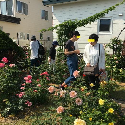 s-1160-6薔薇の庭