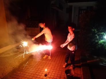 孫2家で花火